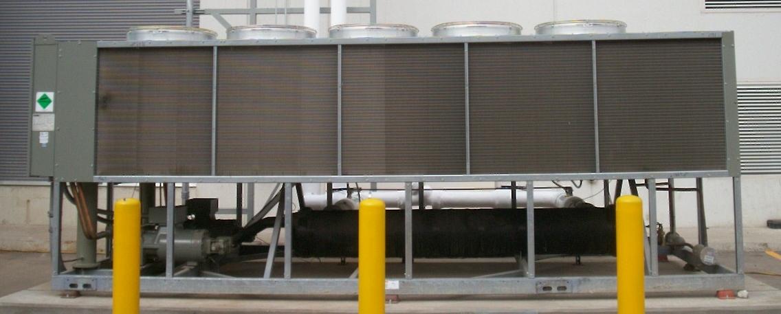 Diferencias entre chiller enfriado por agua y chiller for Diferencia entre climatizador y aire acondicionado